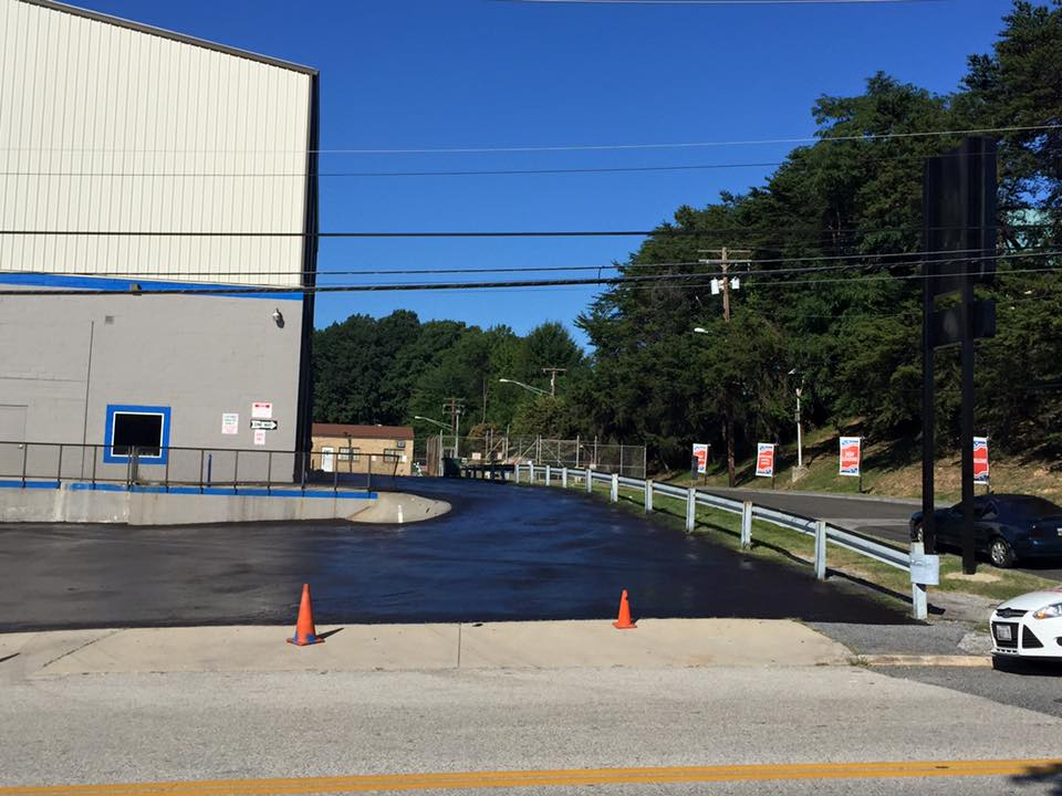 commercial blacktop sealing